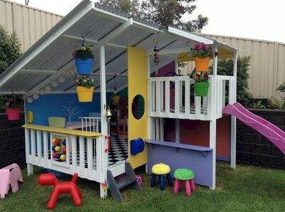 Как обустроить детский игровой домик?
